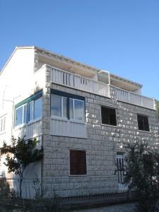 Lumbarda Apartments Koludrt